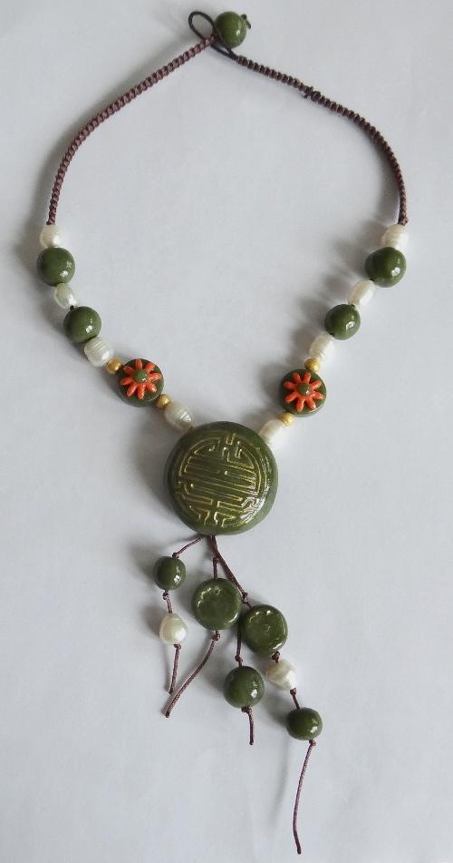 collier-jade-entier
