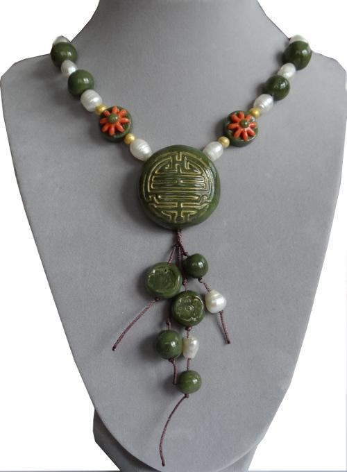 collier-jade
